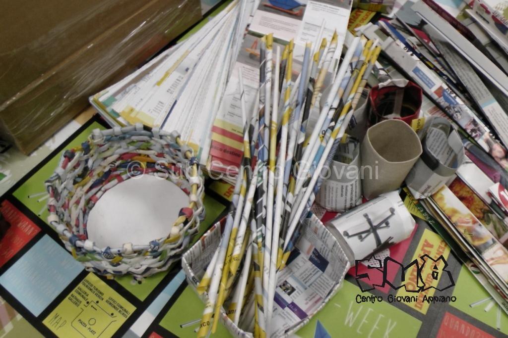 catalogo, cannucce, cestino